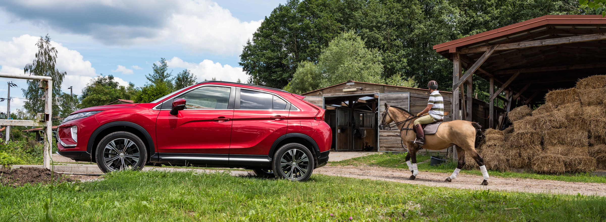 Mitsubishi_Eclipse_Cross_gra_w_polo  62jpg