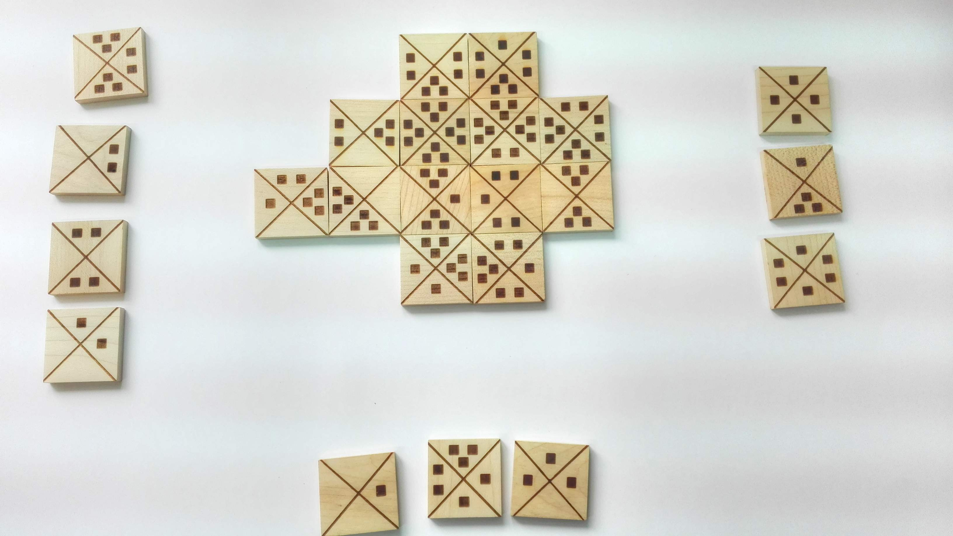 domino games, wooden games, quadrados