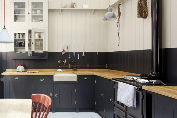 plain-english-british-standard-kitchen.jpg
