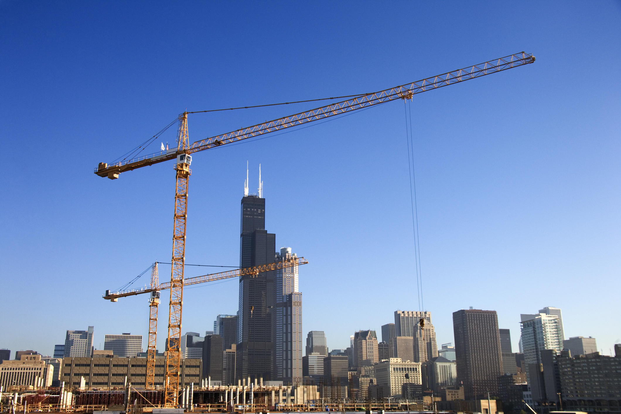 construction-crane-in-downtown-chicagojpg