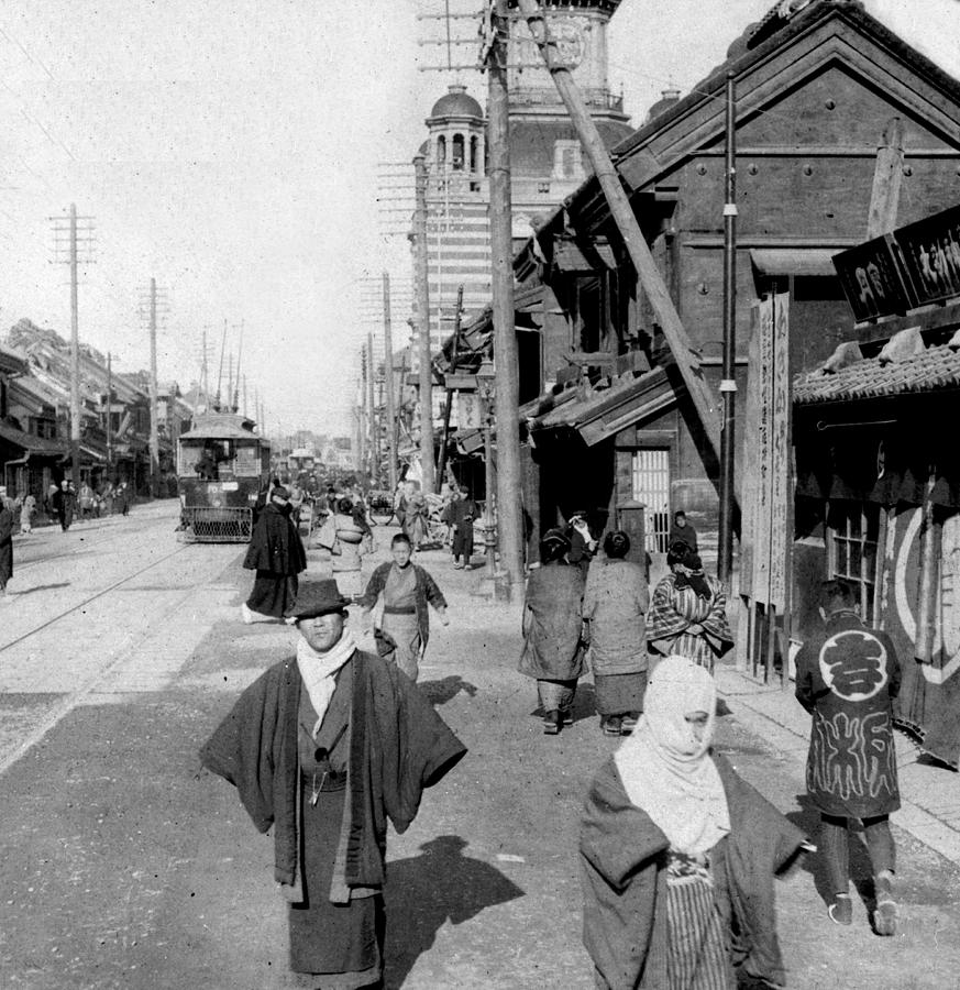 tokyo-japan--c-1905--nihonbashi-street-international-imagesjpg